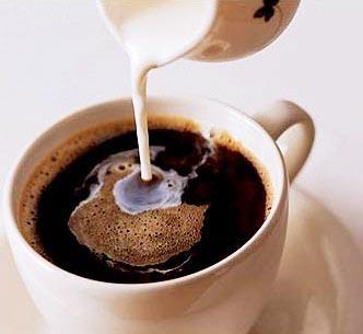 早上第一杯咖啡無助提神醒腦.jpg