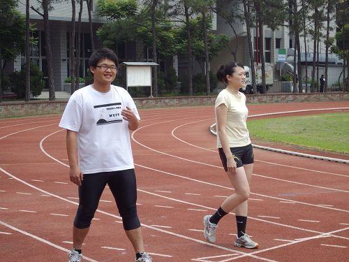 睏寶跟田徑隊的學姊