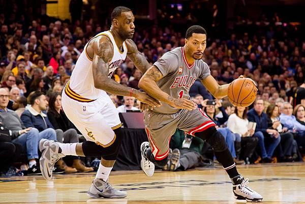 Derrick+Rose+Chicago+Bulls+v+Cleveland+Cavaliers+pYR039E3ONbx.jpg