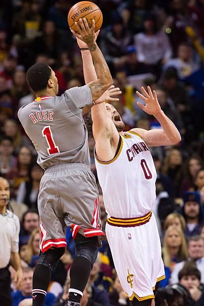 Derrick+Rose+Chicago+Bulls+v+Cleveland+Cavaliers+mlN7bD0Wgoax.jpg