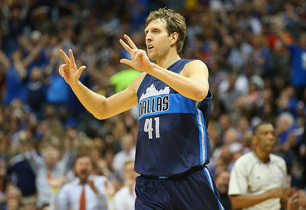 Dirk+Nowitzki+Los+Angeles+Clippers+v+Dallas+c7zdcoOUasTx.jpg