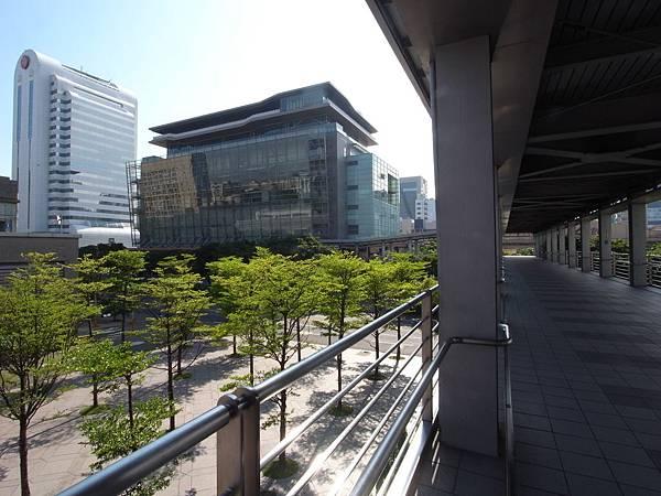 台北市ATT 4FUN【盜攝版】 (13).JPG