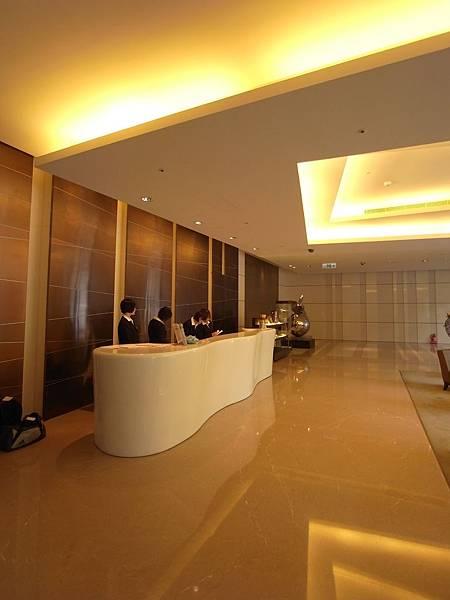 台南市成大會館:大廳 (2).JPG