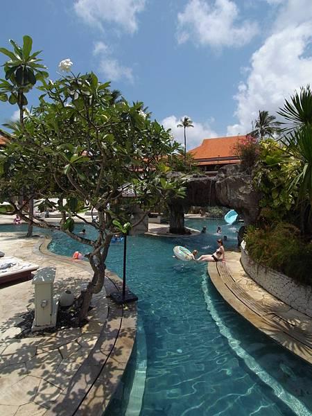 印尼峇里島THE WESTIN RESORT NUSA DUA BALI:泳池 (5).JPG