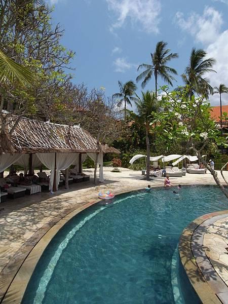 印尼峇里島THE WESTIN RESORT NUSA DUA BALI:泳池 (8).JPG