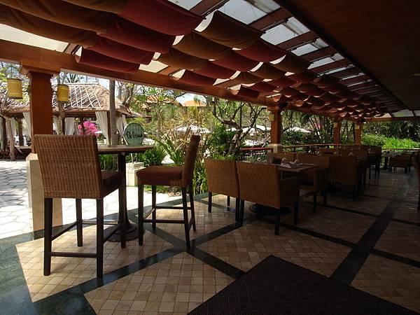 印尼峇里島THE WESTIN RESORT NUSA DUA BALI:THE VERANDA餐廳 (1).JPG