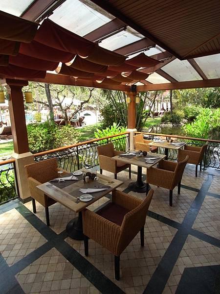 印尼峇里島THE WESTIN RESORT NUSA DUA BALI:THE VERANDA餐廳 (2).JPG