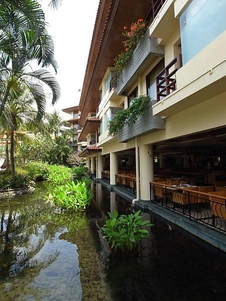 印尼峇里島THE WESTIN RESORT NUSA DUA BALI:THE VERANDA餐廳 (4).JPG