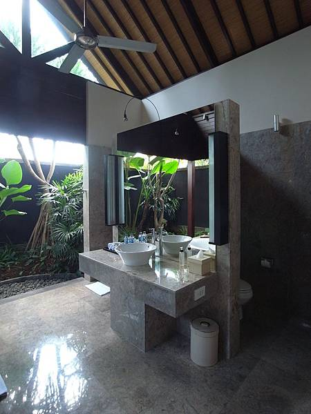 印尼峇里島SENTOSA PRIVATE VILLAS AND SPA,BALI:FOUR BEDROOM PRESIDENTIAL VILLA (24).JPG