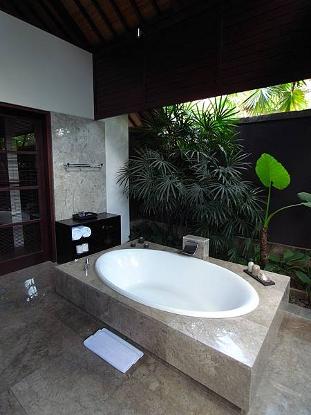 印尼峇里島SENTOSA PRIVATE VILLAS AND SPA,BALI:FOUR BEDROOM PRESIDENTIAL VILLA (25).JPG