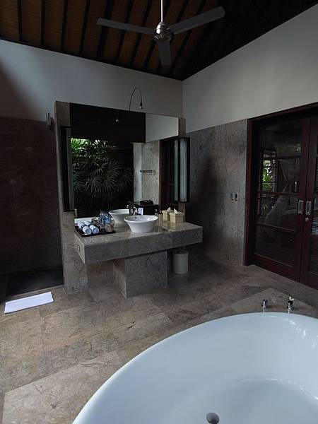 印尼峇里島SENTOSA PRIVATE VILLAS AND SPA,BALI:FOUR BEDROOM PRESIDENTIAL VILLA (26).JPG