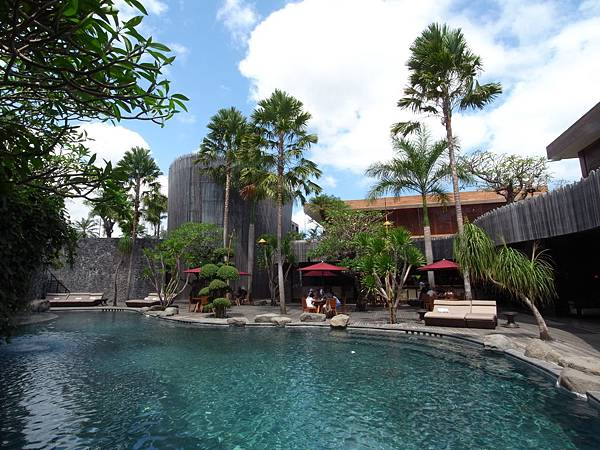 印尼峇里島SENTOSA PRIVATE VILLAS AND SPA,BALI:泳池 (8).JPG
