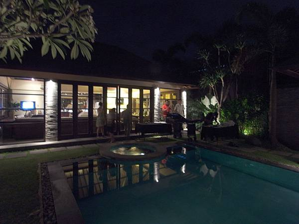 印尼峇里島SENTOSA PRIVATE VILLAS AND SPA,BALI:ROOM DINNER2 (8).JPG