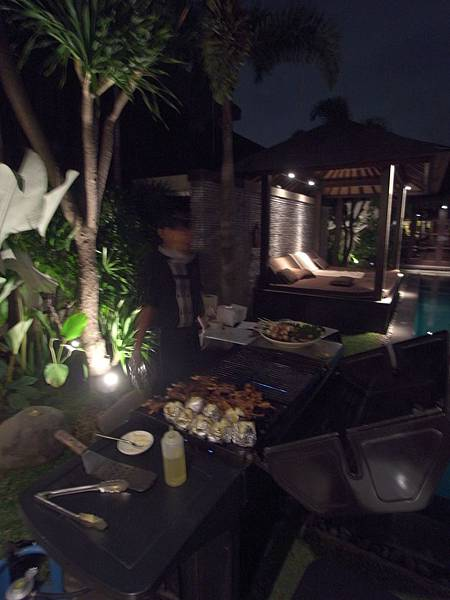 印尼峇里島SENTOSA PRIVATE VILLAS AND SPA,BALI:ROOM DINNER2 (9).JPG