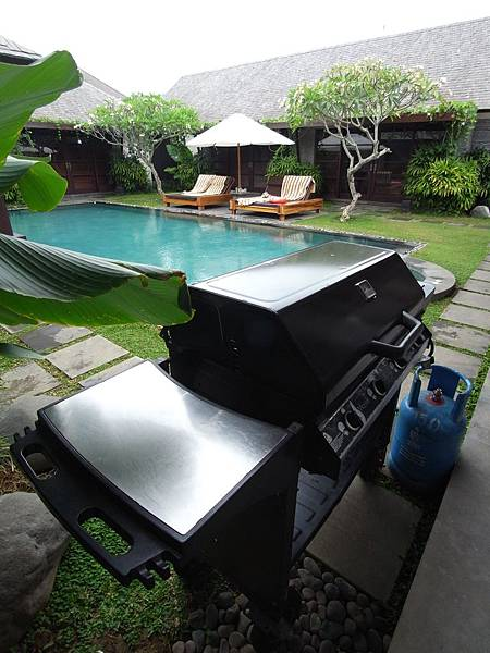印尼峇里島SENTOSA PRIVATE VILLAS AND SPA,BALI:ROOM DINNER (2).JPG