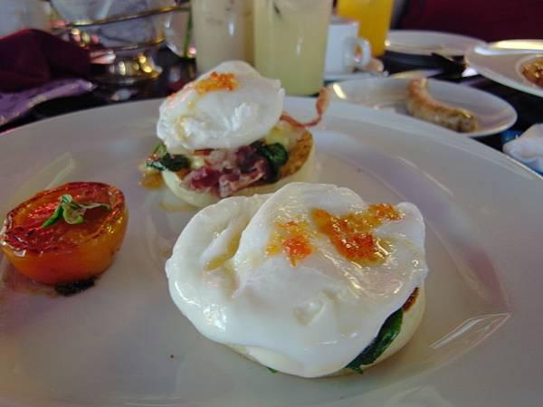 印尼峇里島SENTOSA PRIVATE VILLAS AND SPA,BALI:EVO Restaurant+Bar3 (4).JPG