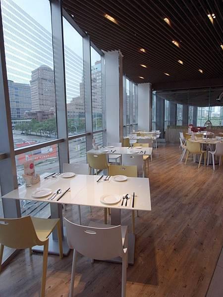 台北市港欣新潮茶餐廳 (11).JPG