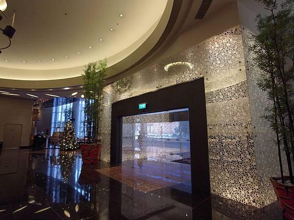 澳門Hard Rock酒店:大廳 (4).JPG
