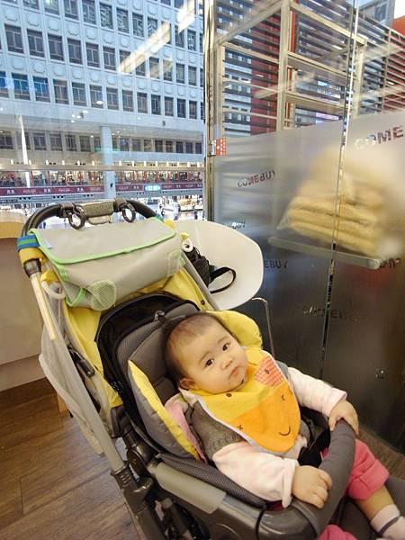 台北市微風台北車站 (2).JPG