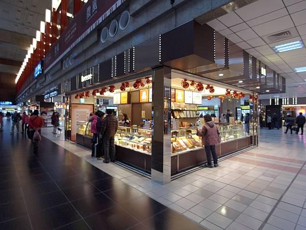 台北市微風台北車站 (6).JPG