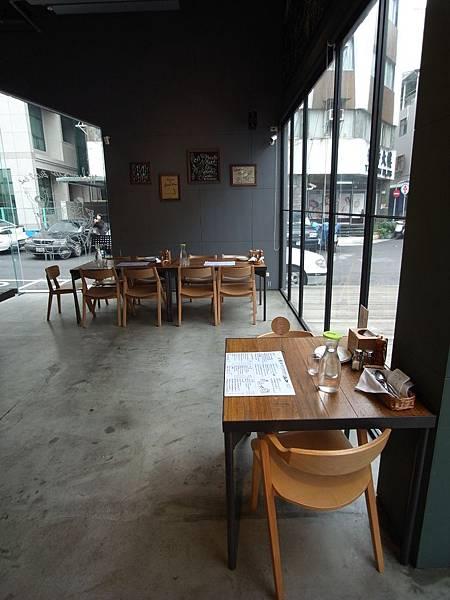 台北市薄多義義式手工披薩南西店 (6)