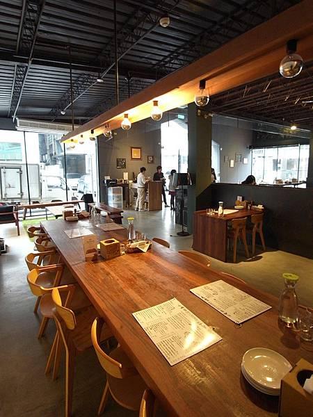 台北市薄多義義式手工披薩南西店 (12)