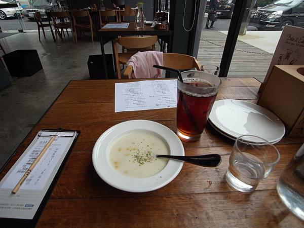 台北市薄多義義式手工披薩南西店 (34)