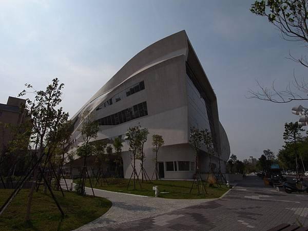 台中市國立公共資訊圖書館