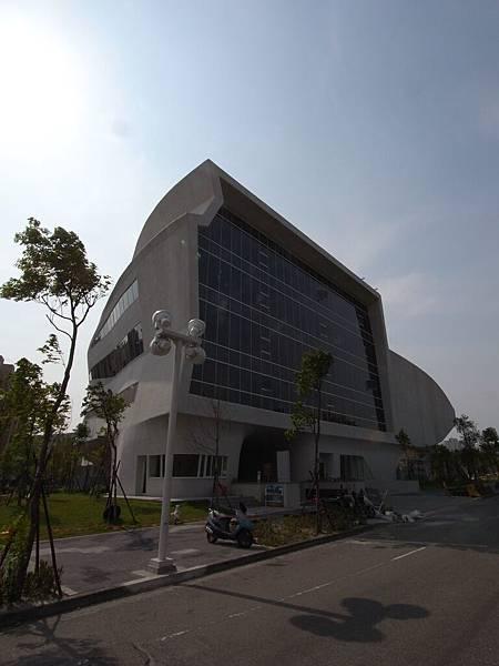 台中市國立公共資訊圖書館 (1)