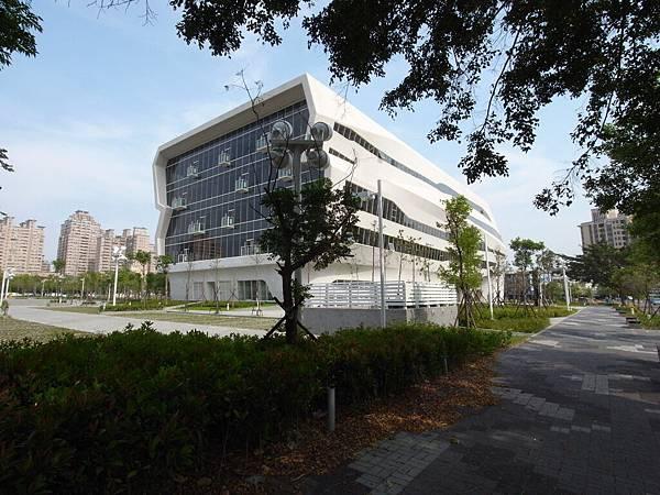 台中市國立公共資訊圖書館 (10)