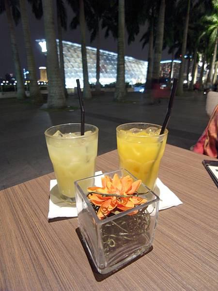 新加坡金沙購物中心:Bazin