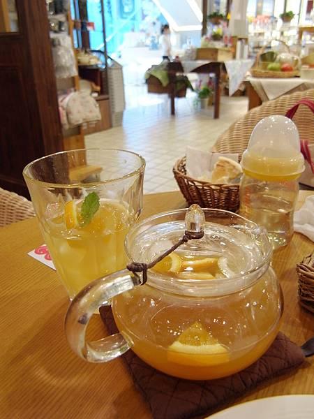 台北市Afternoon Tea TEAROOM台北微風廣場本館3F (27)