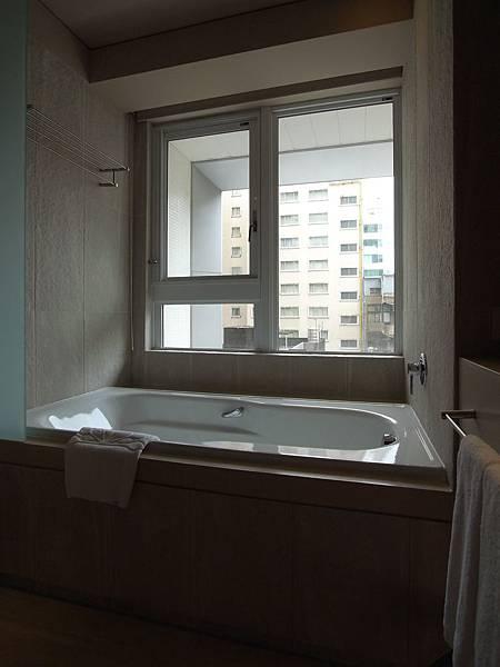 台北市華泰瑞舍:ABUNDANCE雙人房 (20)