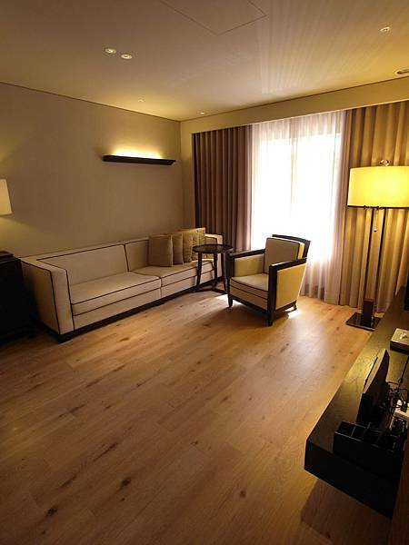 台北市華泰瑞舍:OASIS兩房一廳 (2)