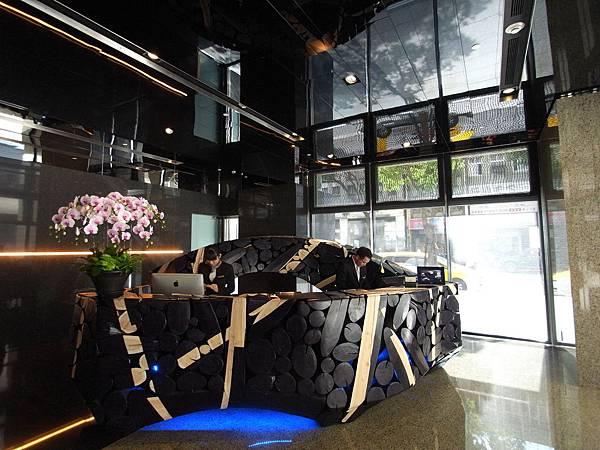 台北市華泰瑞舍:外觀+大廳+公設 (6)