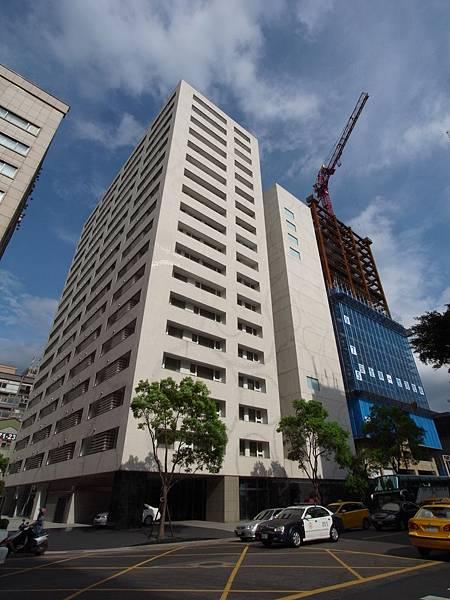 台北市華泰瑞舍:外觀+大廳+公設 (11)