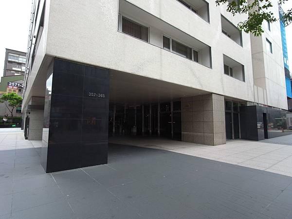 台北市華泰瑞舍:外觀+大廳+公設 (13)