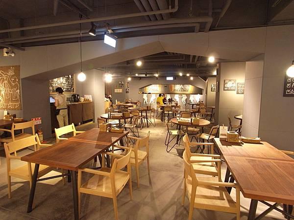 台北市薄多義義式手工披薩市府店 (1)