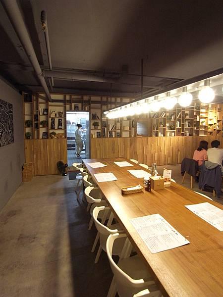 台北市薄多義義式手工披薩市府店 (2)