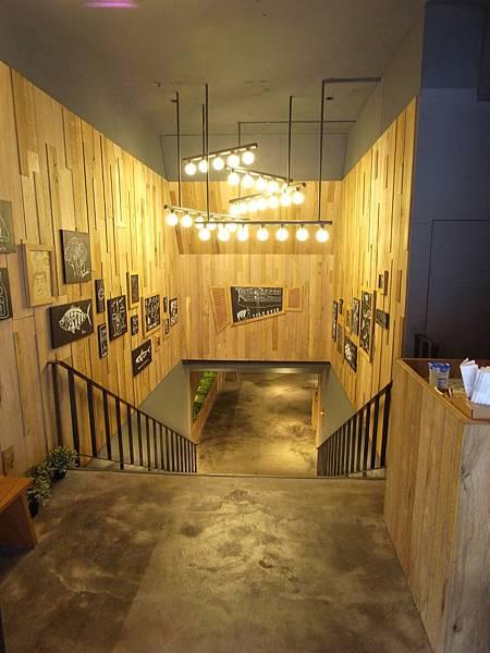 台北市薄多義義式手工披薩市府店 (14)