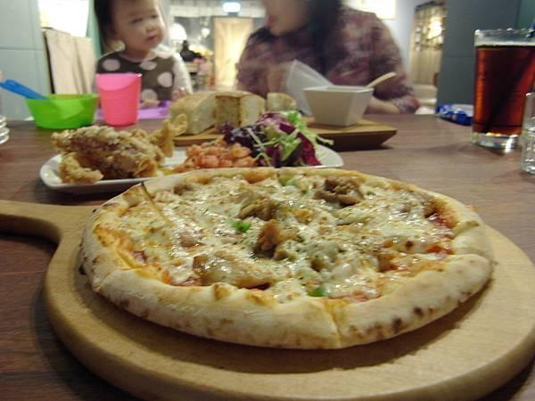 台北市薄多義義式手工披薩市府店 (19)