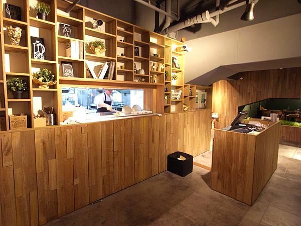 台北市薄多義義式手工披薩市府店 (25)