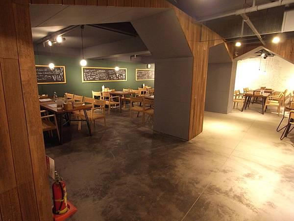 台北市薄多義義式手工披薩市府店 (42)