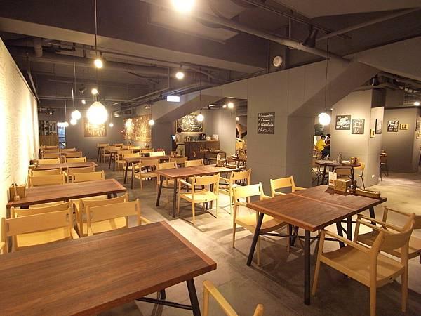 台北市薄多義義式手工披薩市府店 (44)