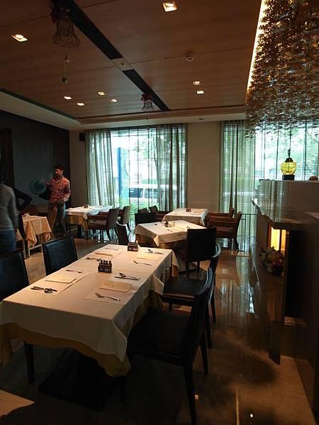 台南市臺邦商旅:帕莎新餐廳 (14)
