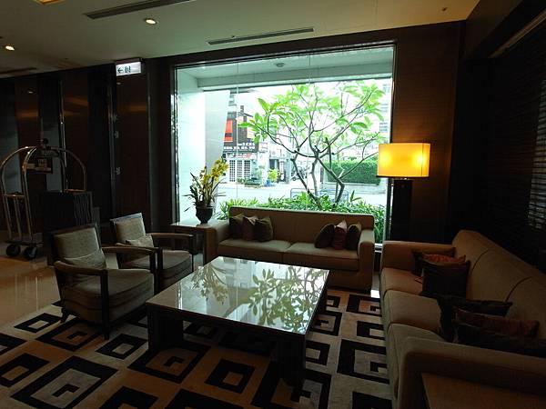 台南市臺邦商旅:外觀+大廳 (12)