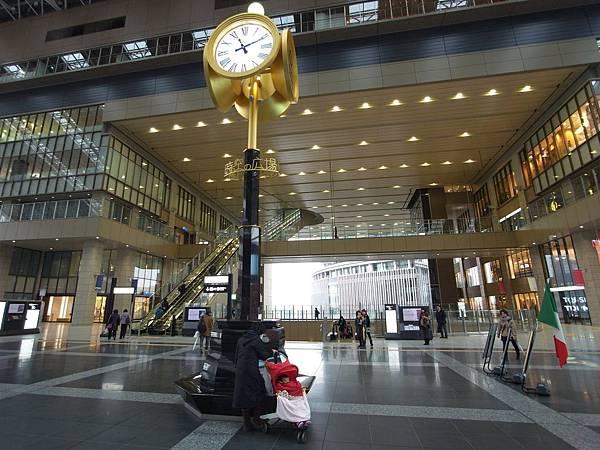 日本大阪OSAKA STATION CITY:時空(とき)の広場 (1)