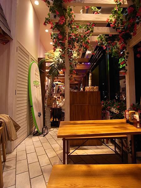 日本東京都ソラマチ商店街:クア。アイナ (6)