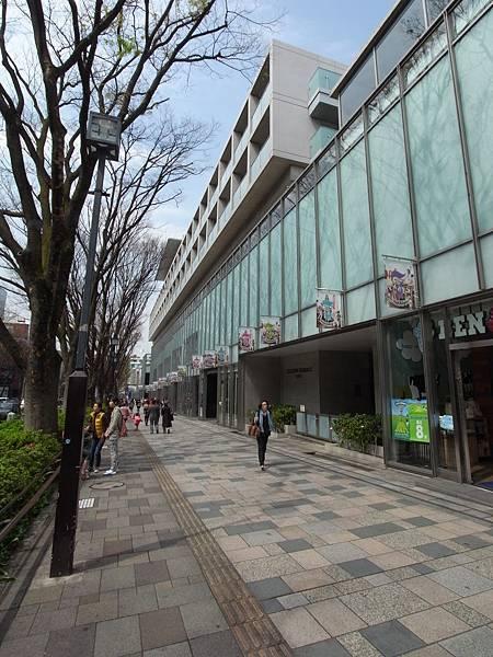 日本東京都OMOTESANDO HILLS (19)