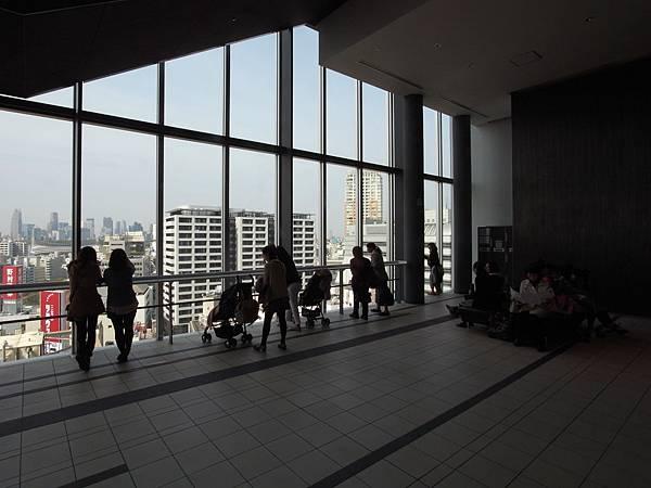 日本東京都渋谷ヒカリエ:Sky Lobby+TOKYU THEATRE Orb (13)